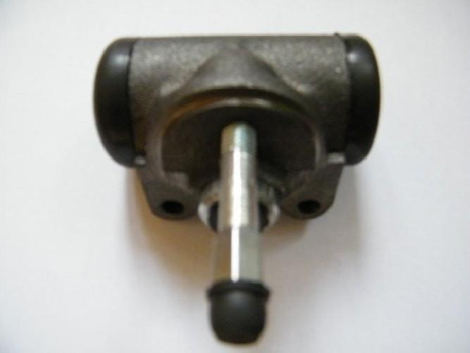 Cylinderek hamulca Q25