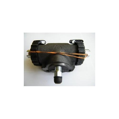 Cylinderek hamulcowy (hamulce regulowane)